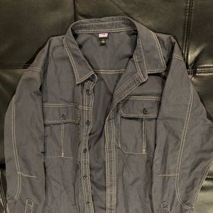 Patagonia mens button down (Size Large)